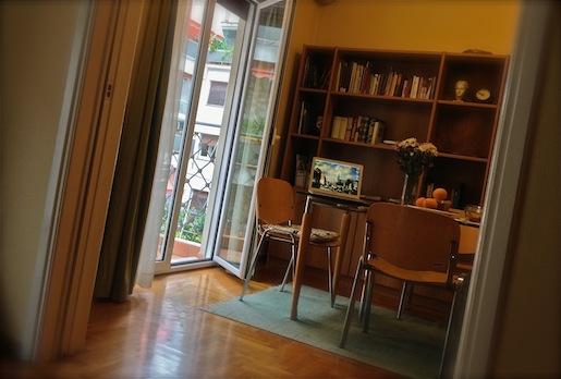Kirjailijaliiton asunto, Ateena 21.11.2012