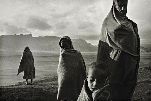 Sebastian Salgado, Ethiopian Refugees (1984)